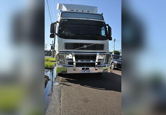 Volvo Fh Fm Acm5007 5ap Spot 010 (1)