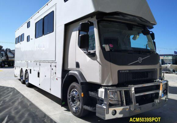 Acm5039spot Volvo Fe 14+ Bullbar 01