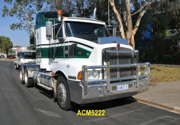 Acm5222 Kenworth T401 5a Bullbar 01