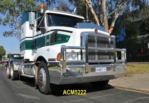 Acm5222 Kenworth T401 5a Bullbar 02