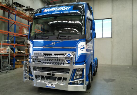 Acm5331 4post With 2 Stedi Lights Volvo Fh 03