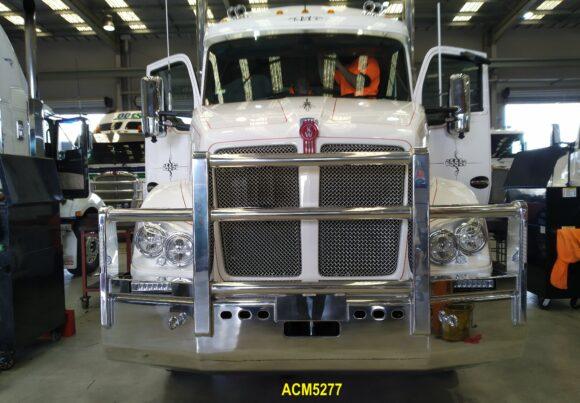 Acm5277 Kenworth T410 Bullbar 5a Fupd No Radar 06 Web