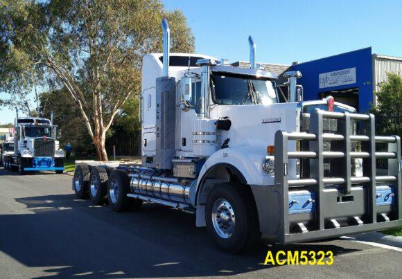Acm5323 Kenworth C501 C508 C509 Bullbar 7a Heavy Duty 03