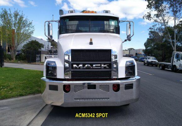 Acm5342 Spot Mack Anthem 21+ Bumper 12 Web