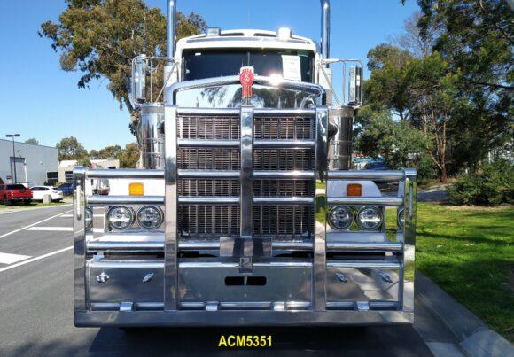 Acm5351 Kenworth T904 T908 T909 5 Post 6a Bullbar 04 Web