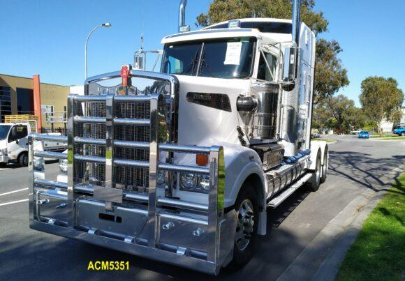 Acm5351 Kenworth T904 T908 T909 5 Post 6a Bullbar 06 Web